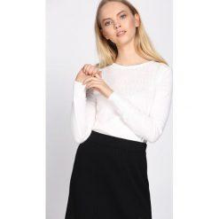 Biały Sweter Thunderstorm. Czarne swetry klasyczne damskie marki Born2be, na jesień, l. Za 44,99 zł.