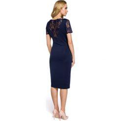 Sukienka z koronkowymi wtawkami moe274. Czarne sukienki koktajlowe marki Moe, na imprezę, xl, z koronki, z dekoltem na plecach, proste. Za 149,90 zł.