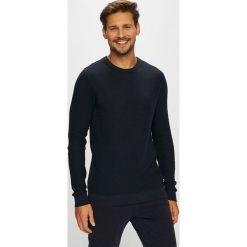 Jack & Jones - Sweter. Czarne swetry klasyczne męskie marki Jack & Jones, l, z bawełny, z klasycznym kołnierzykiem, z długim rękawem. Za 129,90 zł.