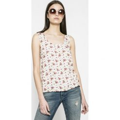 Calvin Klein Jeans - Top. Szare topy damskie marki Calvin Klein Jeans, l, z jeansu, z okrągłym kołnierzem. W wyprzedaży za 199,90 zł.