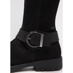 Superfit GALAXY Kozaki schwarz. Czarne buty zimowe damskie marki Superfit, z materiału, na wysokim obcasie. W wyprzedaży za 356,30 zł.