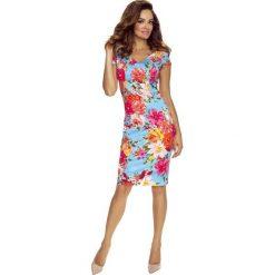 Alice sukienka dzienna kwiaty na jasnym jeans. Szare sukienki hiszpanki Bergamo, w kwiaty, z jeansu. Za 221,99 zł.