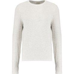 Swetry klasyczne męskie: Selected Homme SHHGRIT CREW NECK Sweter drizzle/egret