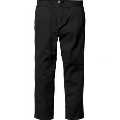 Spodnie chino Regular Fit bonprix czarny. Czarne chinosy męskie marki bonprix. Za 74,99 zł.