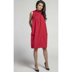 Czerwona Nowoczesna Luźna Sukienka bez Rękawów ze stójką. Czerwone sukienki na komunię marki Molly.pl, na spotkanie biznesowe, l, ze stójką, bez rękawów, oversize. W wyprzedaży za 107,79 zł.