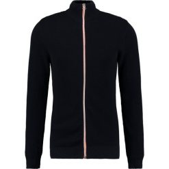Swetry rozpinane męskie: Kronstadt ERIK  Kardigan navy/orange
