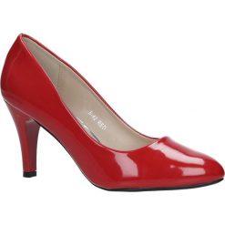 Czerwone czółenka na obcasie Casu B-42. Czerwone buty ślubne damskie marki Casu, na obcasie. Za 69,99 zł.