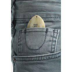 Scotch & Soda CLASSIC GARMENT DYED 5 POCKET PANT Jeansy Slim Fit steel. Niebieskie jeansy męskie relaxed fit Scotch & Soda, z bawełny. W wyprzedaży za 398,30 zł.