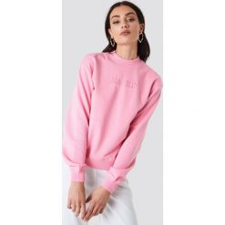 Bluzy damskie: NA-KD Trend Bluza z haftem NA-KD – Pink