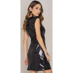 Sukienki: NA-KD Party Marszczona sukienka z cekinami – Black
