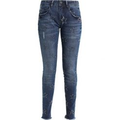 Freeman T. Porter ELLYN Jeansy Slim Fit mastar. Niebieskie jeansy damskie marki Freeman T. Porter. Za 419,00 zł.