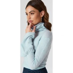 NA-KD Dzianinowy sweter z szerokim rękawem i golfem - Blue. Niebieskie golfy damskie NA-KD, z dzianiny. W wyprzedaży za 60,98 zł.