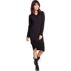 EZRA Sukienka z asymetrycznymi ściągaczami - czarna. Czerwone sukienki asymetryczne marki House, l, z napisami, sportowe. Za 129,99 zł.