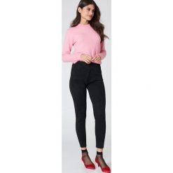 Spodnie z wysokim stanem: Second Female Dzianinowe spodnie Idal – Black