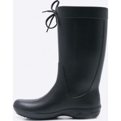 Crocs - Kalosze Freesail Rain. Czarne kalosze damskie marki Crocs, z materiału. W wyprzedaży za 169,90 zł.