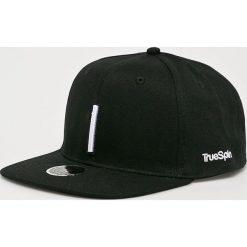 True Spin - Czapka. Czarne czapki z daszkiem męskie True Spin, z bawełny. W wyprzedaży za 29,90 zł.