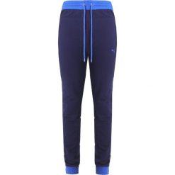 Fenty PUMA by Rihanna LACED  Spodnie treningowe evening blue. Czarne spodnie dresowe damskie Fenty PUMA by Rihanna, xxs, z bawełny. W wyprzedaży za 455,40 zł.