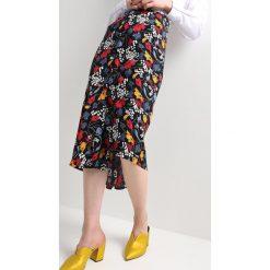 JUST FEMALE INES SKIRT Spódnica trapezowa multicolor. Czarne spódniczki trapezowe JUST FEMALE, l, z materiału. Za 399,00 zł.