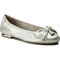 Baleriny CAPRICE - 9-22111-20 Silver Metal 920. Szare baleriny damskie Caprice, z nubiku. W wyprzedaży za 169,00 zł.