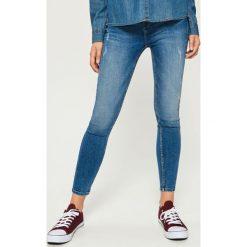 Jeansy skinny mid waist - Granatowy. Niebieskie jeansy damskie skinny marki House, z jeansu. Za 79,99 zł.