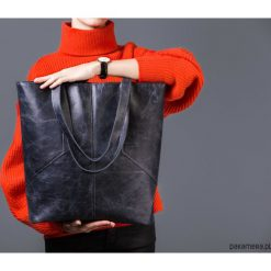 CARMEN - duża torba skórzana - antracyt. Szare torebki klasyczne damskie Pakamera, ze skóry, duże. Za 719,00 zł.
