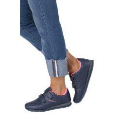 Granatowe buty sportowe na rzepy Casu LXC7383. Czarne buty sportowe damskie marki Casu. Za 59,99 zł.