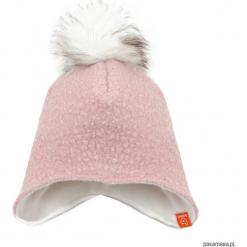 Czapka zimowa z pomponem - jasny roż. Czerwone czapeczki niemowlęce marki Pakamera, z dzianiny. Za 79,00 zł.