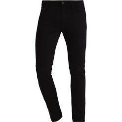 Calvin Klein Jeans SKINNY STAY BLACK Jeans Skinny Fit black. Czarne rurki męskie marki Calvin Klein Jeans. W wyprzedaży za 377,10 zł.