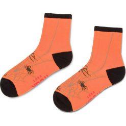 Skarpety Wysokie Damskie FREAK FEET - LPAJ-BLO Kolorowy Pomarańczowy. Brązowe skarpetki damskie Freak Feet, w kolorowe wzory, z bawełny. Za 19,99 zł.