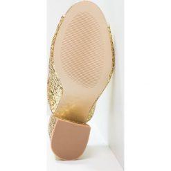Chodaki damskie: Shellys London DOROTHY  Klapki gold glitter