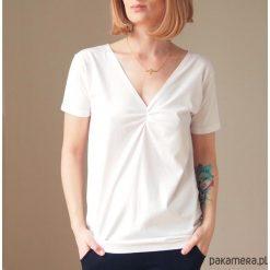 Biała dwustronna bluzka S-XL. Niebieskie bluzki damskie marki Pakamera, z bawełny. Za 65,00 zł.