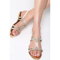 Białe Sandały Nettle. Białe sandały damskie Born2be, z materiału, na obcasie. Za 69,99 zł.