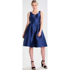 Sukienki hiszpanki: Chi Chi London Tall SKYLAR Sukienka koktajlowa navy