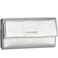 Duży Portfel Damski COCCINELLE - AW5 Metallic Soft E2 AW5 11 46 01 Silver 169. Czarne portfele damskie marki Coccinelle. W wyprzedaży za 419,00 zł.