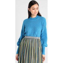 Swetry klasyczne damskie: YAS YASCORIA  Sweter mediterranian blue