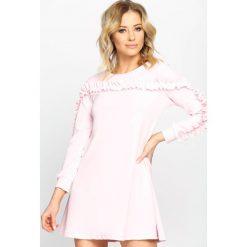 Różowa Sukienka Ruffle Sleeves. Fioletowe długie sukienki marki Reserved, z falbankami. Za 54,99 zł.
