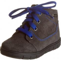 Skórzane sneakersy w kolorze szarym. Szare trampki chłopięce Zimowe obuwie dla dzieci, na sznurówki. W wyprzedaży za 117,95 zł.