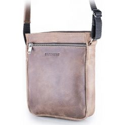 Torba na ramię saszetka BRODRENE jasny brąz. Czarne torby na ramię męskie marki Brødrene, w paski, ze skóry. Za 139,90 zł.