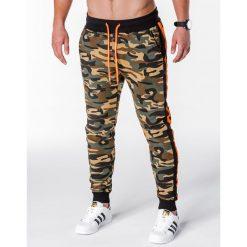 SPODNIE MĘSKIE DRESOWE P715 - ZIELONE. Czarne spodnie dresowe męskie marki Ombre Clothing, m, z bawełny, z kapturem. Za 49,00 zł.