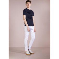 Emporio Armani Tshirt z nadrukiem blu scuro. Niebieskie koszulki polo marki Tiffosi. Za 369,00 zł.