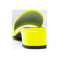 Chodaki damskie: L'INTERVALLE OTTAVIA Klapki neon yellow