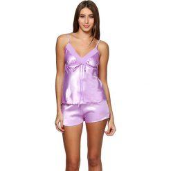 Piżama w kolorze fioletowym - koszulka, spodenki. Fioletowe piżamy damskie marki FOUGANZA, z bawełny. W wyprzedaży za 99,95 zł.