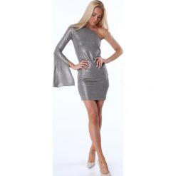 Sukienka z jednym rękawem srebrna MP60327. Szare sukienki z falbanami Fasardi, l. Za 79,00 zł.