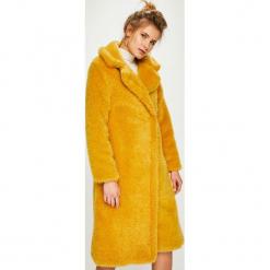 Answear - Płaszcz. Pomarańczowe płaszcze damskie ANSWEAR, l, z acetatu. Za 399,90 zł.