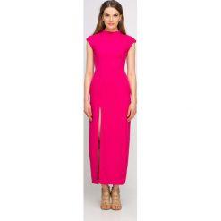 Sukienki: Długa Fuksja Sukienka ze Stójką z Rozcięciem na Boku