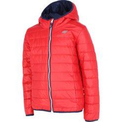 Kurtka puchowa dla dużych chłopców JKUMP207 - czerwony. Czerwone kurtki chłopięce 4F JUNIOR, na lato, z materiału. Za 99,99 zł.