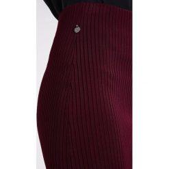 Spódniczki ołówkowe: Scotch & Soda BELOW THE KNEE TUBE WITH SPORTY STRIPE DETAIL Spódnica ołówkowa  wine