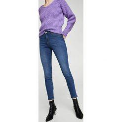 Mango - Jeansy Jane. Niebieskie jeansy damskie Mango, z podwyższonym stanem. Za 79,90 zł.