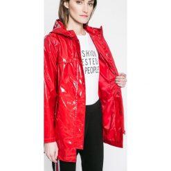 Płaszcze damskie pastelowe: Answear – Płaszcz przeciwdeszczowy Sporty Fusion