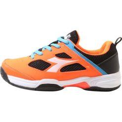 Diadora FLY           Obuwie do tenisa Outdoor orange/black. Białe buty do tenisu damskie marki Diadora, z materiału. Za 189,00 zł.